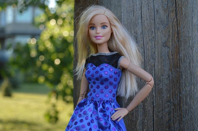 barbie-1565718_640