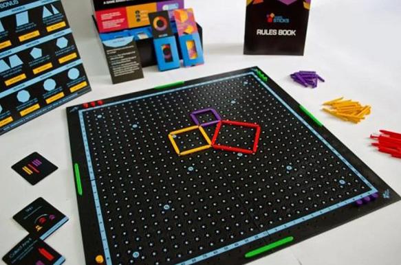 A fun way to teach your kids Geometry – Try Kitki three sticks maths game