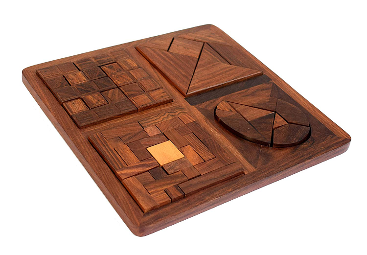 Travelling with Kids – Try these wooden puzzles!